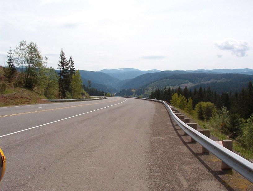 Long downhill run through the river valley
